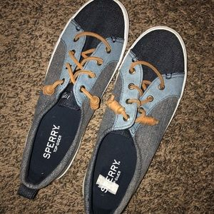 BRAND NEW SPERRY SNEAKERS